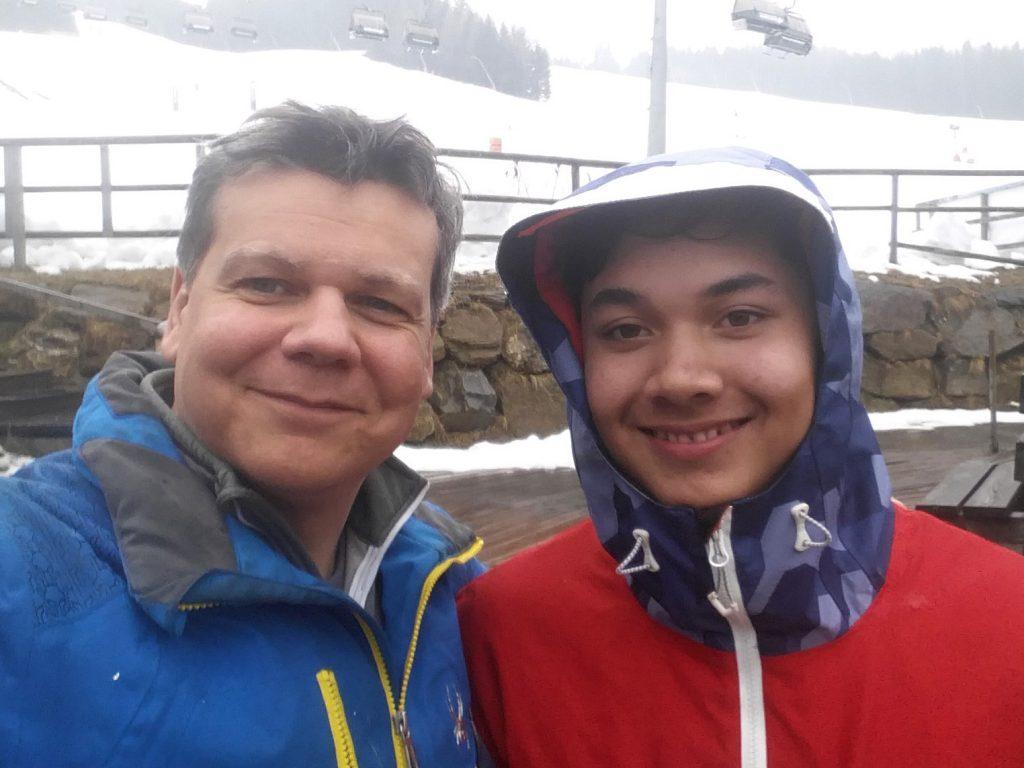 Gerry Richter mit 16 jährigem Austrophilippino Marco Umgeher, der lieber für die Philippinen Ski fährt